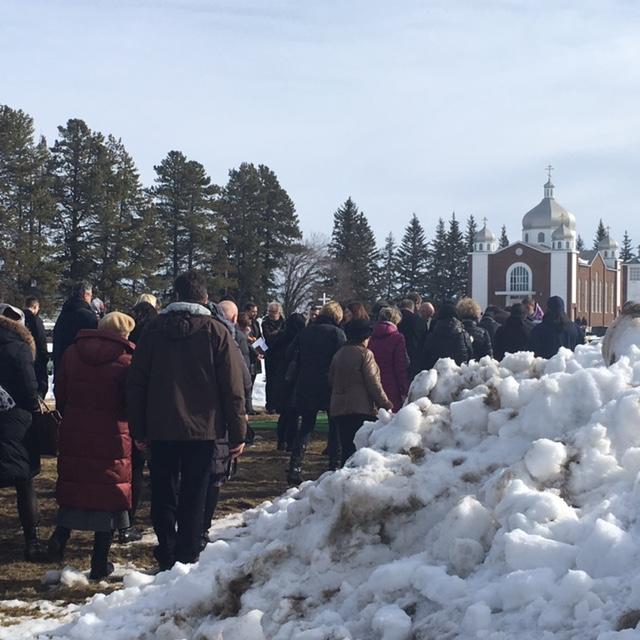 Похороны и память Виталия Савина